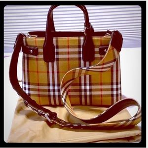 NEW Authentic BURBERRY small Check & Leather Tote